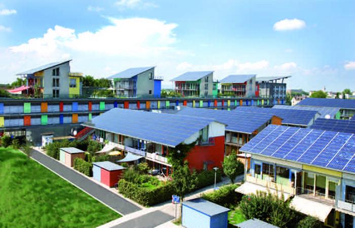 Bairro alemão produz quatro vezes mais energia do que consome através de tetos solares