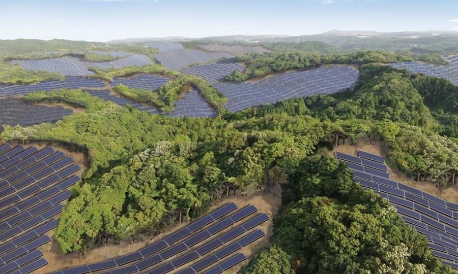 Japão transforma campos de golfe abandonados em terrenos de energia solar