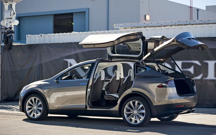 tesla-model-x-rear-three-quarter-doors-open