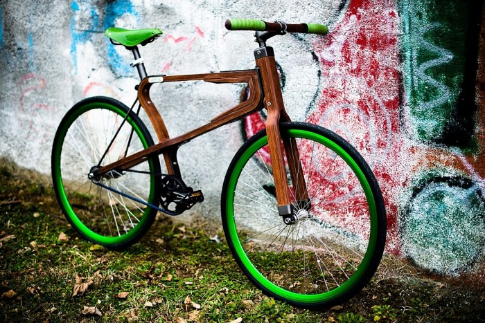 woobi-wooden-bicycle-by-matteo-zugnoni-41-1024x683