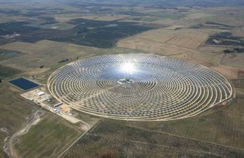 Marrocos vai inaugurar a maior usina de energia solar do mundo