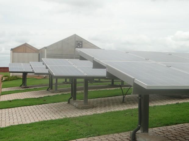 Prédio da UFSCar inova com uso de energia solar e ganha autossuficiência