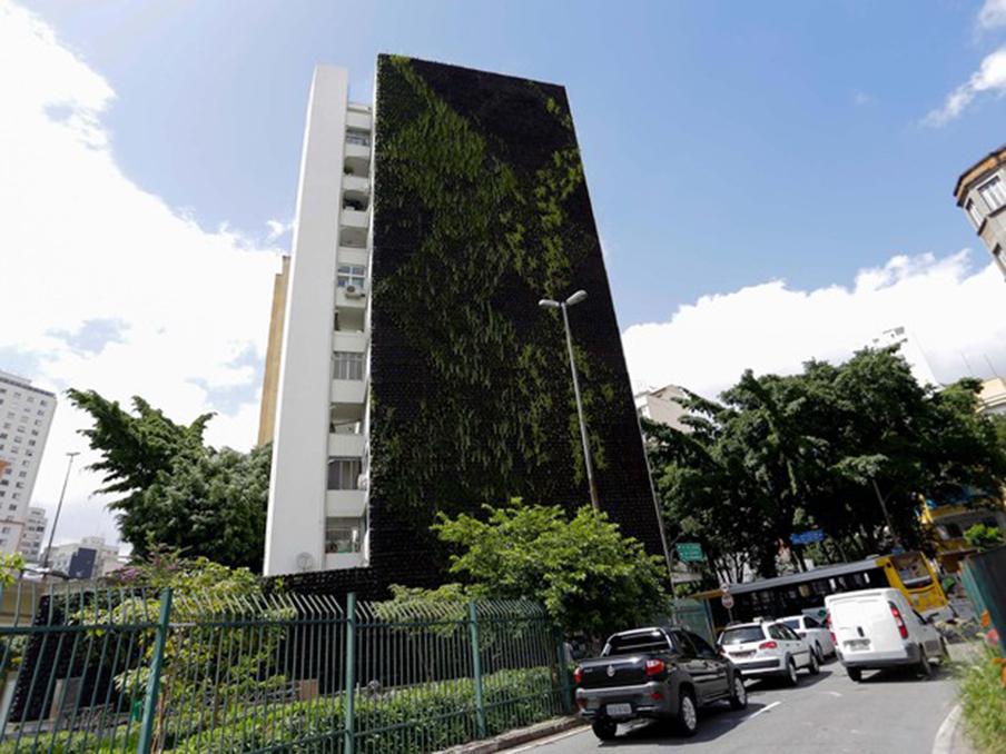 'Corredor verde' do Minhocão ganha segundo jardim vertical em São Paulo