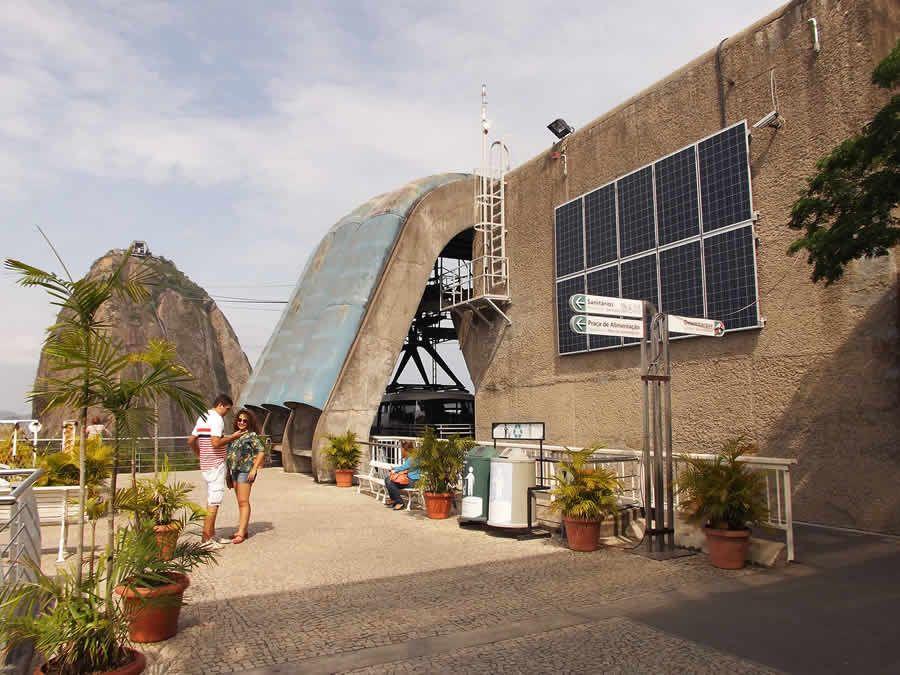 Bondinho inaugura conjunto fotovoltaico para abastecer complexo