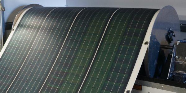 ROLL-ARRAY: UM TAPETE QUE PRODUZ ENERGIA LIMPA