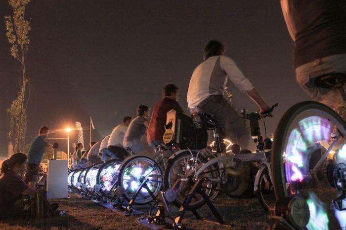 Mostra de cinema movida à energia de pedal percorrerá 5 cidades do Brasil
