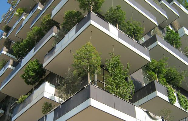 5 Prédios Sustentáveis e inovadores pelo Mundo que possuem fantásticos jardins verticais