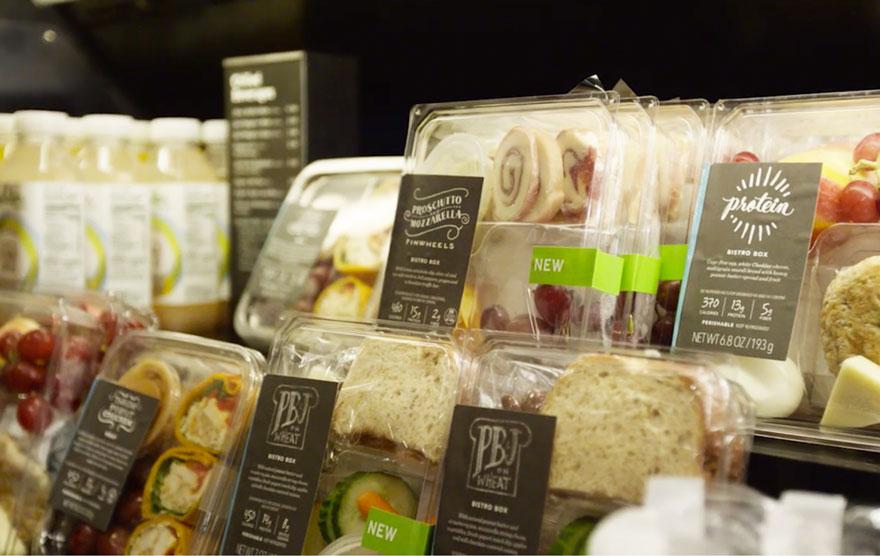Starbucks doará toda comida não comercializada a bancos de alimentos