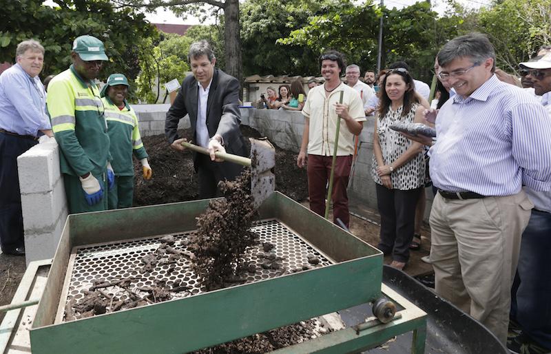 SP inaugura central de compostagem para tratar lixo orgânico gerado pelas feiras livres