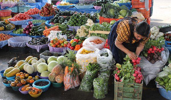 vendedora-de-hortaliças-na-Guatemala-Foto-Banco-Mundial