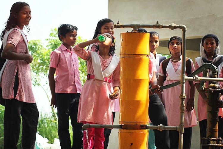 A tecnologia de apenas U$16 capaz de purificar água para uma família inteira por um ano