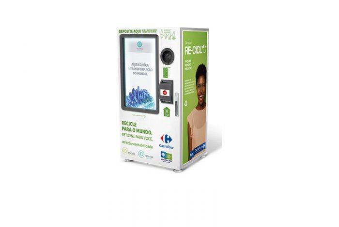 Máquinas que trocam recicláveis por desconto são instaladas no Carrefour