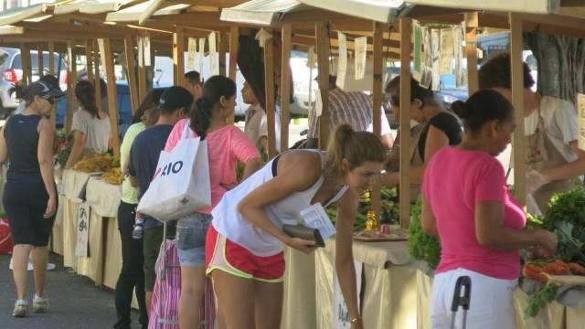 Alimentos saudáveis alimentam a economia dos cariocas