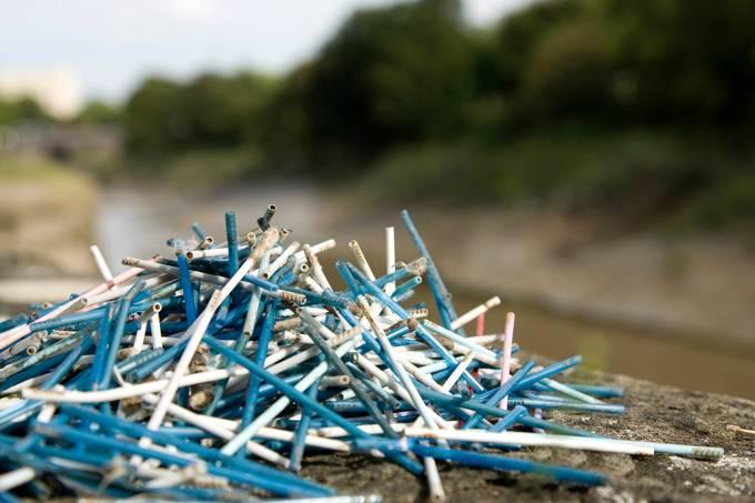 Johnson & Johnson troca plástico por papel nos cotonetes